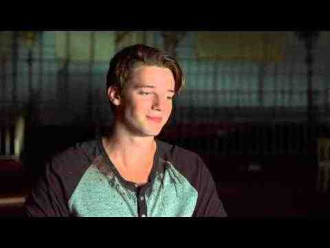 Scouts Guide to the Zombie Apocalypse - Patrick Schwarzenegger Interview