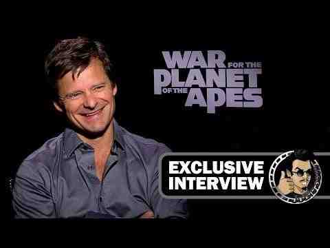 War for the Planet of the Apes - Steve Zahn Interview