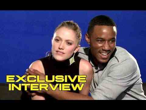 Independence Day: Resurgence - Maika Monroe and Jessie Usher Interview