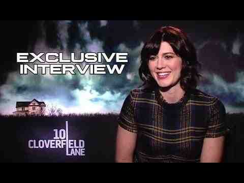 10 Cloverfield Lane - Mary Elizabeth Winstead Interview