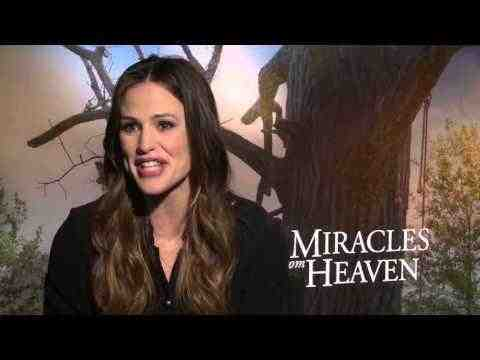 Miracles from Heaven - Jennifer Garner & Kylie Roberts Interview