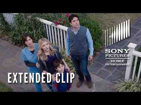 The 5th Wave - 10 Minute Clip