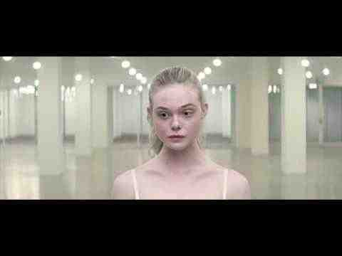 The Neon Demon - Clip