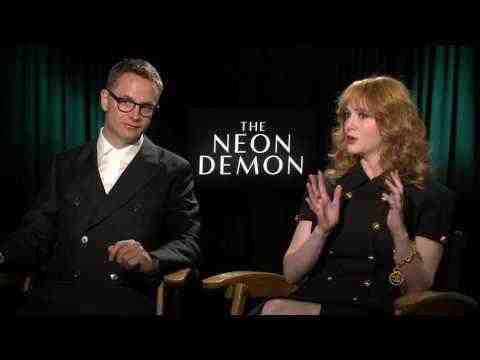 The Neon Demon - Director Nicolas Winding Refn & Christina Hendricks