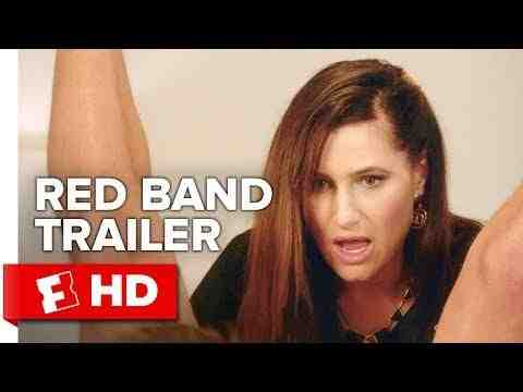 A Bad Moms Christmas - trailer 1