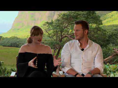 Jurassic World: Fallen Kingdom - Chris Pratt & Bryce Dallas Howard Interview