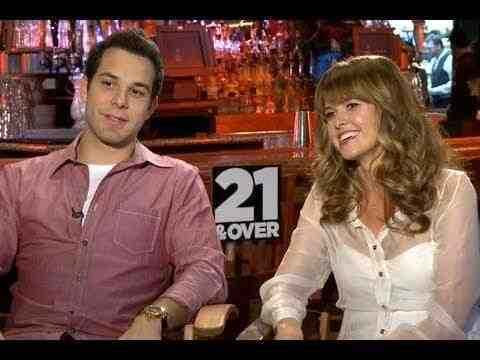 21 and Over - Skylar Astin and Sarah Wright Interview
