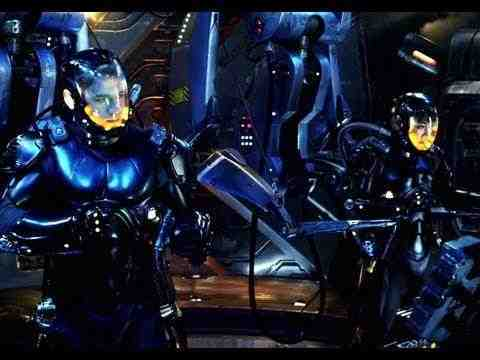 Pacific Rim - Featurette
