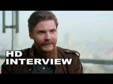 The Fifth Estate - Daniel Brühl Interview