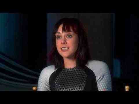 The Hunger Games: Catching Fire - Jena Malone Interview